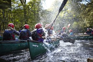 scouts-in-canoes
